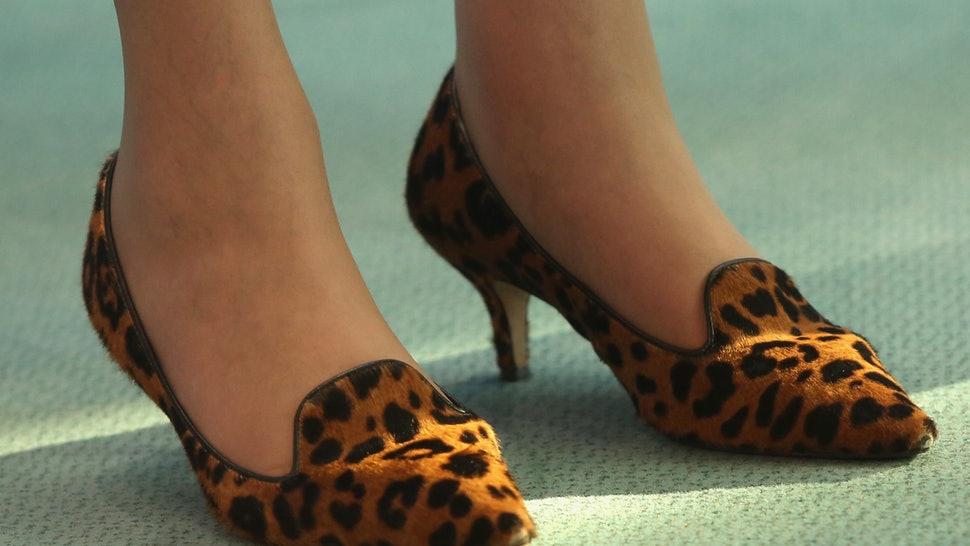 Theresa May leopar ayakkabı