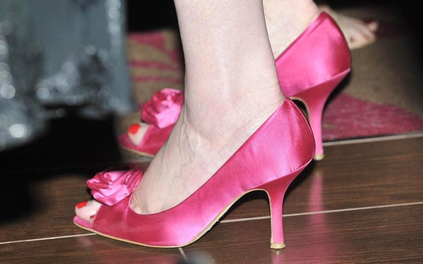 Theresa May ipek ayakkabı