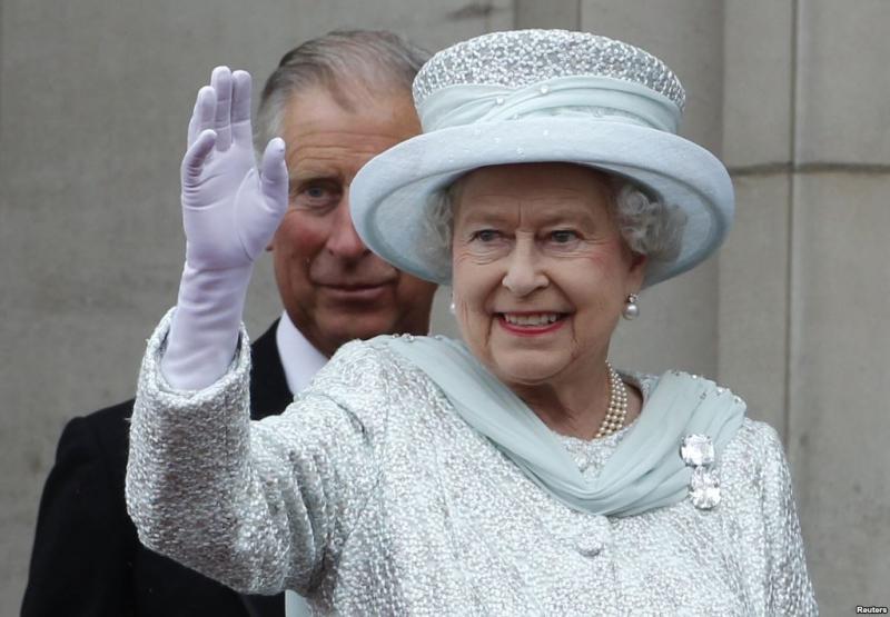 kraliçe elizabeth cullinan broşu