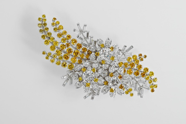 kraliçe elizabeth mimoza broş