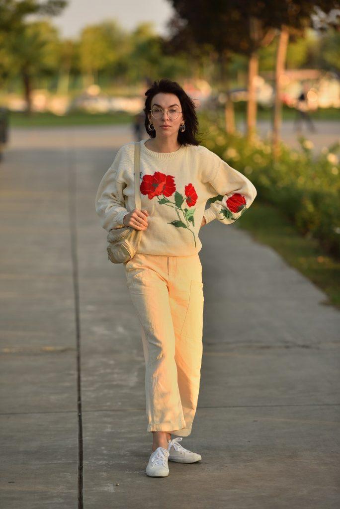 кремовый свитер Верена