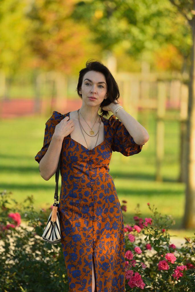 zara'da yazlık elbise indirimi