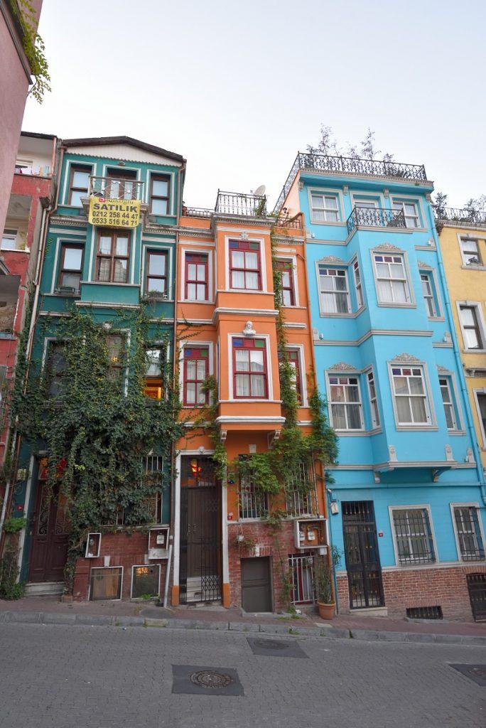 Balat'ın renkli evleri