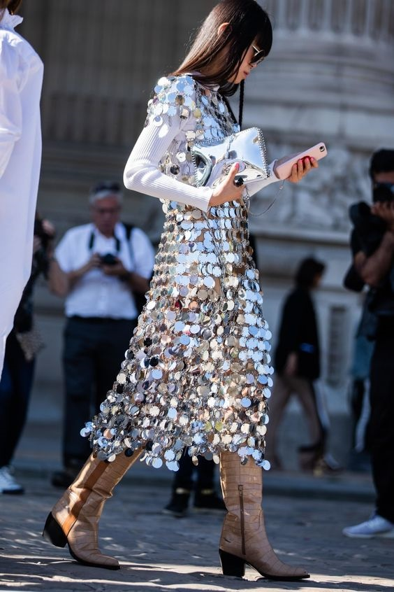 metalik trendi sokak modası