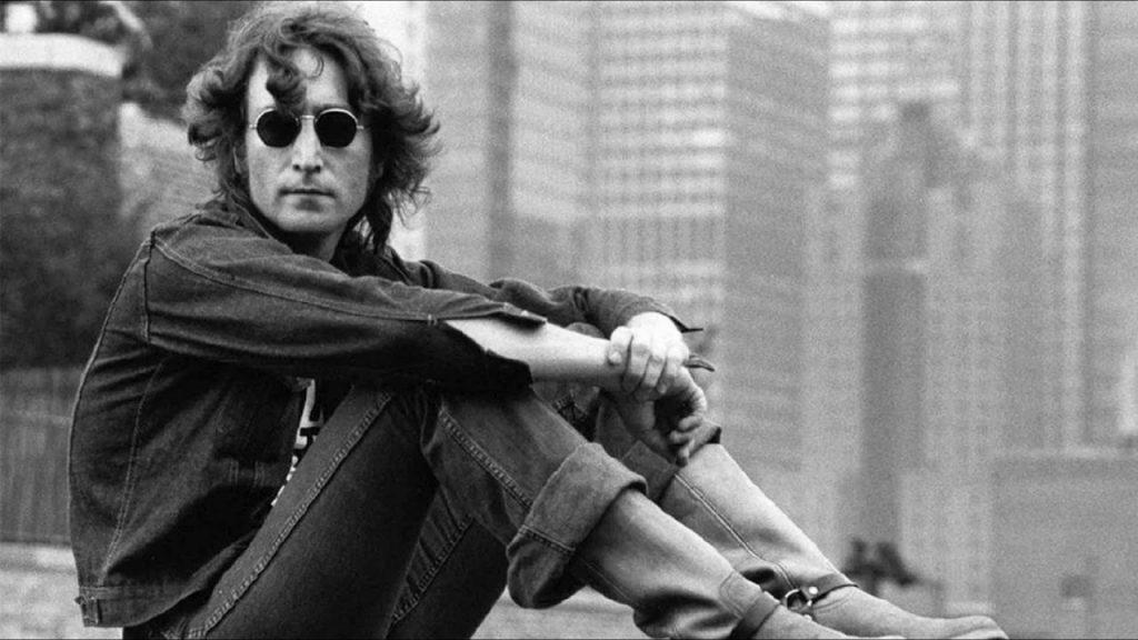 John Lennon gözlük hikayesi