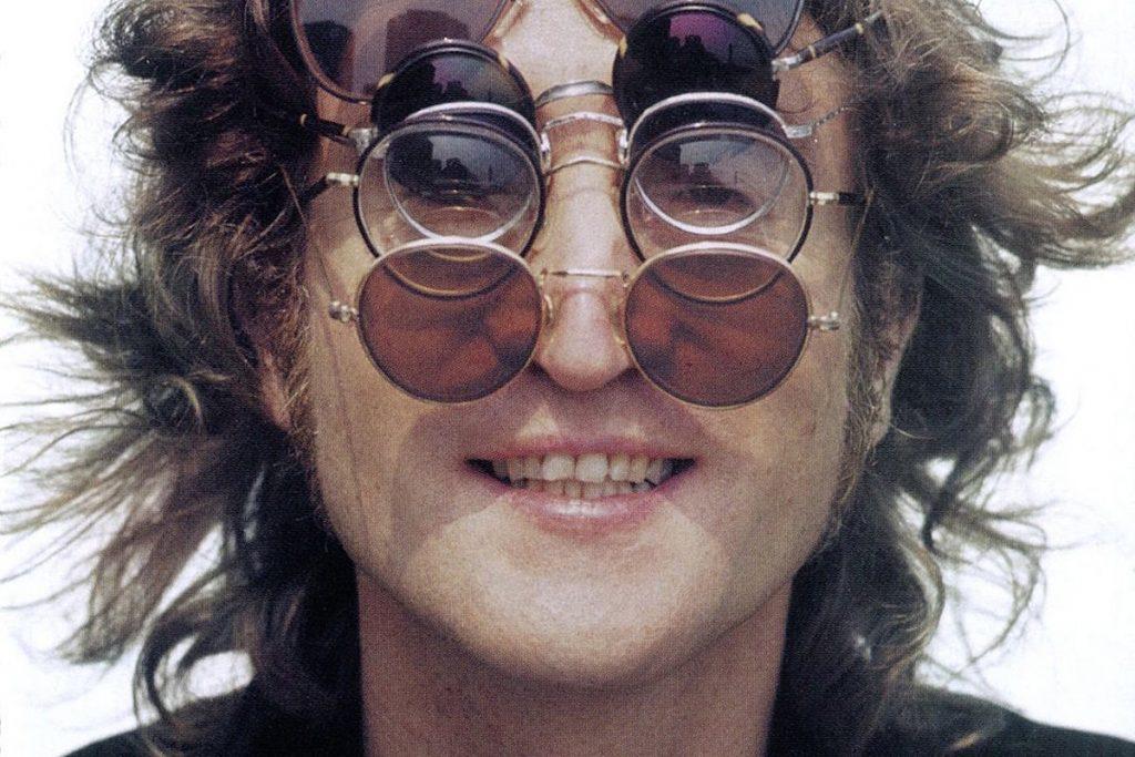John Lennon gözlük modeli