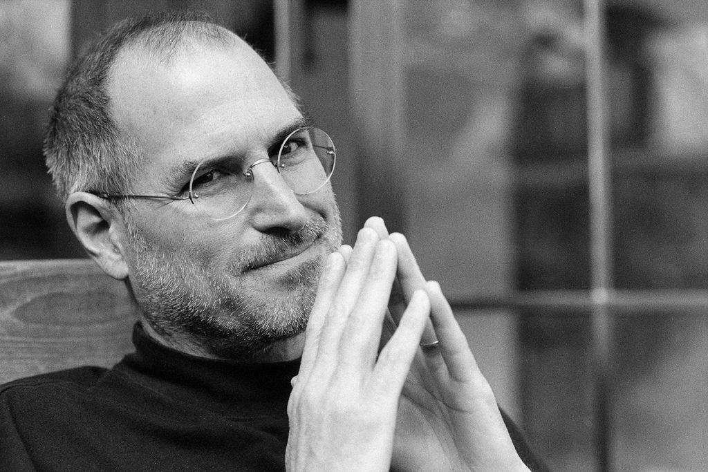 Steve Jobs gözlük modeli