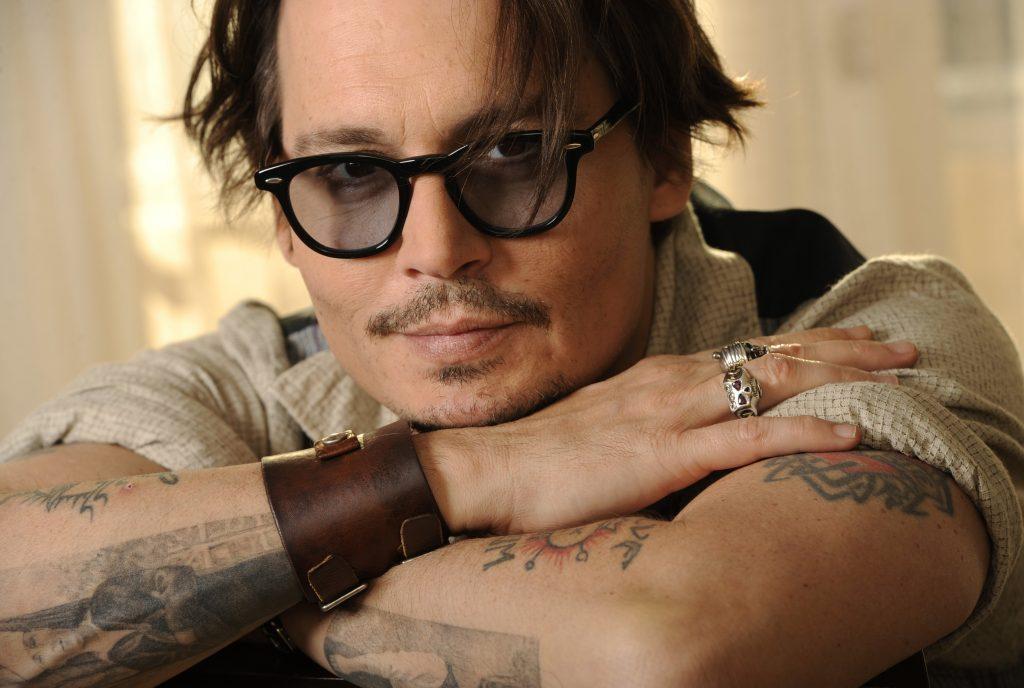 Johny Depp gözlük modeli